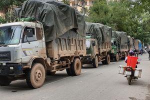 Bắt quả tang buôn lậu cực 'khủng' 100 tấn hàng từ Trung Quốc