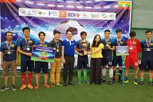 Bế mạc 'Giải bóng đá Cộng đồng Doanh nghiệp Việt Nam tại Myanmar 2018'
