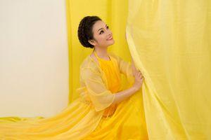 Ca sĩ Tân Nhàn tuyên bố tặng album cho khán giả