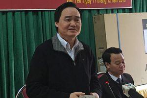 Bộ trưởng Giáo dục lên án Hiệu trưởng lạm dụng học sinh nam