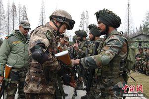Quan hệ quân sự mật thiết của Ấn Độ với Nga - Mỹ đang 'bóp nghẹt' Trung Quốc?