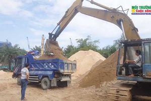 TP. HCM: Người dân 'kêu trời' vì bãi cát 79 Phạm Hữu Lầu gây ô nhiễm môi trường, làm nứt nhà dân