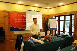 Bồi dưỡng nghiệp vụ báo chí viết về Di sản cho các nhà báo Lào
