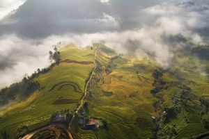 Nhiếp ảnh gia Lê Hồng Hà: 'Người tình' của núi rừng Tây Bắc