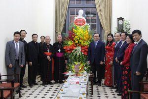 Bí thư Thành ủy chúc mừng Giáng sinh Tòa Tổng giám mục Hà Nội