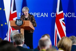 Cơn xáo động trên chính trường Anh