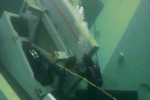 Cận cảnh trục vớt tên lửa trong xác chiến hạm Na Uy bị tàu chở dầu đâm