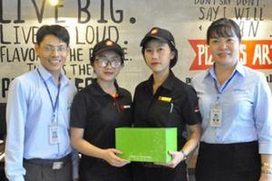 Công ty Điện lực Đắk Lắk tặng 130 phần quà trong Tháng tri ân khách hàng