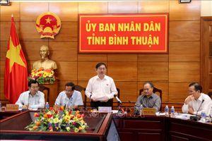 Kiểm tra tình hình xói lở bờ biển nghiêm trọng tại Bình Thuận