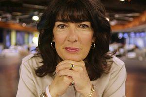 Christiane Amanpour: Nữ phóng viên chiến trường kỳ cựu được trả lương cao nhất