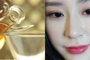 1 muỗng canh giấm trắng - 5 cách loại bỏ tất cả khuyết điểm giúp da mặt trắng hồng, không tì vết