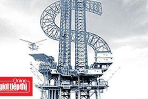 Giá dầu lại lao dốc mạnh