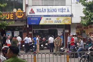 Thông tin mới nhất về nghi phạm cướp ngân hàng ở Sài Gòn