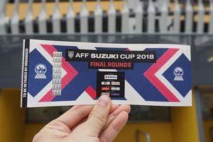 Bắt nữ quái làm vé giả trận chung kết AFF cup tung ra thị trường