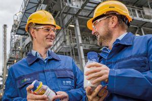 BASF lần đầu tiên tạo sản phẩm từ nhựa tái chế hóa học
