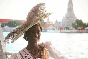 Thí sinh 'Hoa hậu Hoàn vũ 2018': Dự thi muộn vì quá nghèo, nhưng nhận cái kết ấm lòng từ người dân Thái