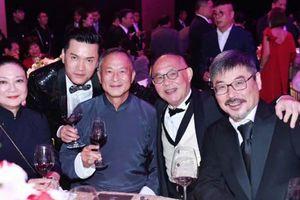 Người liên quan đến nghi án hiếm dâm Lam Khiết Anh bất ngờ chạm mặt Lưu Gia Linh tại tiệc sinh nhật trùm showbiz Hong Kong