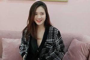Hot girl Trâm Anh ngày càng xinh đẹp, khoe dáng sau 2 tháng sinh con