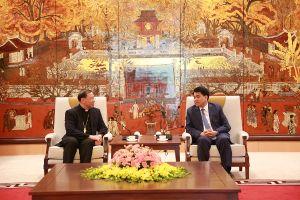 Chủ tịch UBND TP Hà Nội tiếp Tổng Giám mục Tổng giáo phận Hà Nội