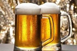 Lạm dụng rượu, bia đe dọa nỗ lực xóa đói giảm nghèo