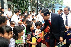 MTTQ Việt Nam chúc mừng Giáng sinh tại tỉnh Bình Dương