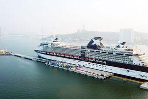 Du lịch tàu biển Việt Nam: Chưa hấp dẫn du khách