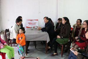 Trường iSchool Quảng Trị hỗ trợ 100% học phí cho 3 bé có mẹ bị lũ cuốn