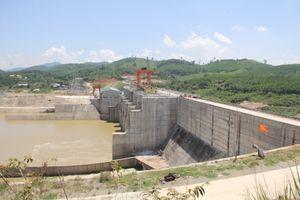 Thủy điện Sông Tranh 3 xả nước phát điện, người chăn bò bị cuốn trôi