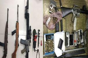 Triệt phá đường dây mua bán vũ khí quân dụng