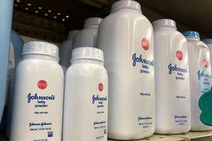 Reuters: Phấn rôm Johnson & Johnson có chất amiăng gây ung thư