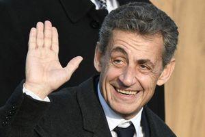 Tổng thống Pháp 'cậy nhờ' người tiền nhiệm Sarkozy giữa tâm bão biểu tình Áo vàng