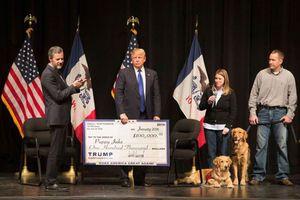 Ông Trump đóng cửa quỹ từ thiện riêng vì bị kiện