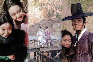 'Haechi': Ảnh hậu trường hiếm hoi của Jung Il Woo - Go Ara trong thời tiết 'lạnh thấu xương'