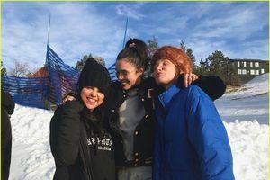 Selena Gomez tươi cười rạng rỡ sau thời gian điều trị tâm lý