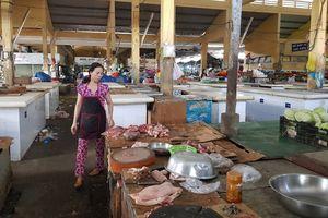 Nha Trang: Thịt heo bất ngờ khan hiếm, đội giá vì chủ lò dừng mổ hàng loạt