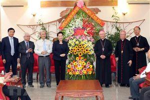 Chủ tịch Quốc hội chúc mừng chức sắc và đồng bào Công giáo tỉnh Đồng Nai Nhân dịp Giáng sinh 2018