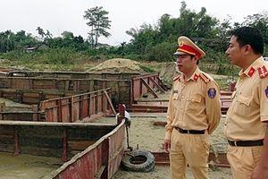 Một đêm bắt liên tiếp 2 vụ khai thác cát trái phép trên sông Thu Bồn