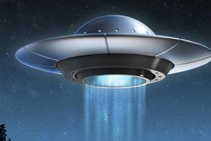 Nghi án phi công huyền thoại của Đức bắn hạ UFO
