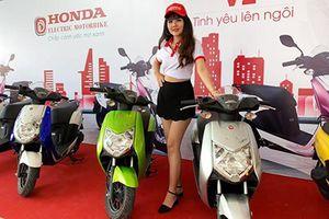 Xe máy điện Honda 'chính hãng' giá từ 22 triệu ở Sài Gòn