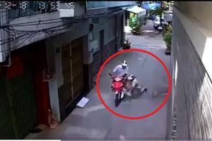 Đối tượng giả làm khách hàng để cướp xe máy của bác xe ôm già khai gì?