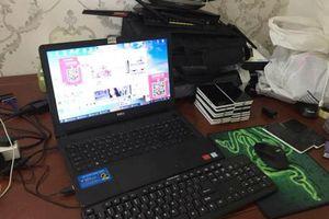 Bắt giữ 22 người Trung Quốc làm giả thẻ ngân hàng và đánh bạc qua mạng
