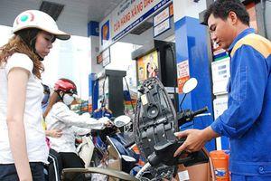 Giá xăng có thể giảm lần thứ 5 liên tiếp xuống mức thấp kỷ lục