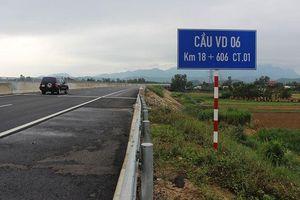 Mục kích những vết nứt, lượn sóng trên cao tốc Đà Nẵng - Quảng Ngãi
