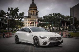 Hình ảnh chi tiết Mercedes-AMG GT 4 cửa giá từ 136.000 USD