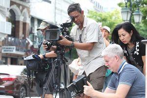 Kênh Discovery làm phim về 'Cách người Việt Nam thay đổi viễn thông tại Đông Phi'
