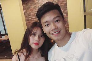 Bạn gái 10X xinh xắn, yêu 2 năm của hậu vệ Nguyễn Thành Chung