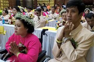 Lễ 'Hằng thuận' tập thể cho 50 cặp cô dâu và chú rể khuyết tật