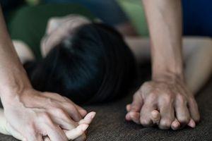 Bắt hai đối tượng hiếp dâm người tàn tật ở Thái Bình