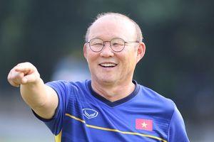 HLV Park Hang-seo tiết lộ cách khích lệ tuyển Việt Nam khi chơi trên sân sức hơn 80.000 người
