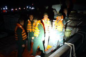 Cứu tàu cá gặp nạn khi đang đánh bắt thủy sản tại vùng biển Hải Phòng